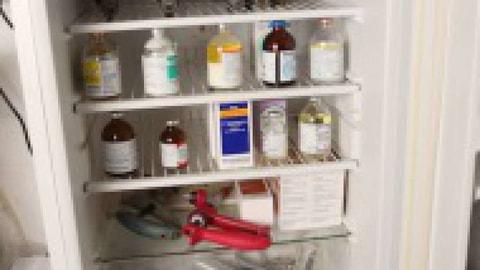 Medikamentenschrank